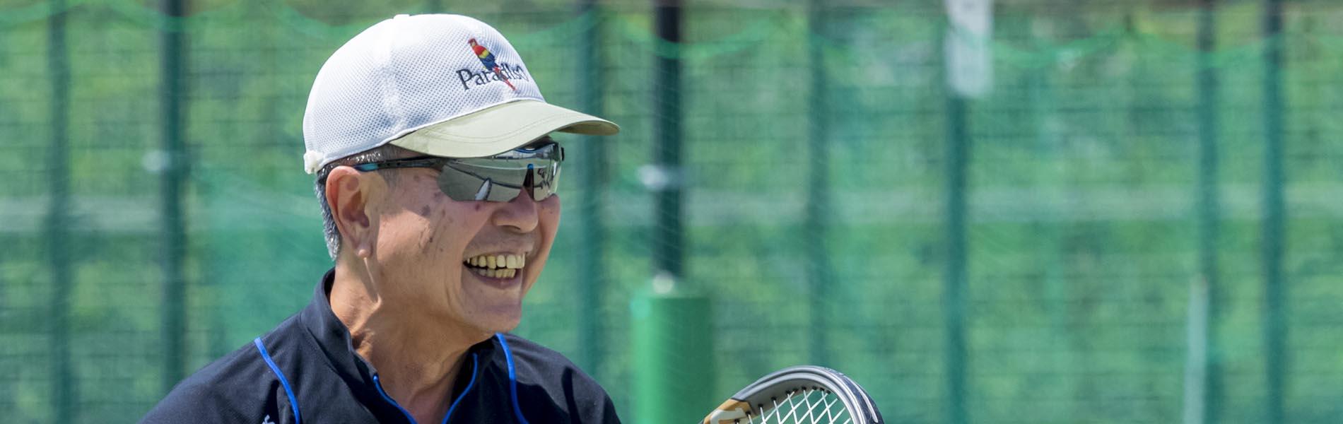 テニス、テニスラケット、男性