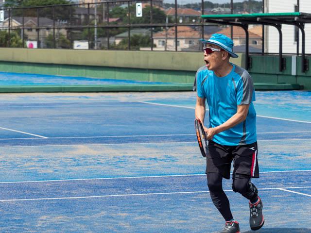 テニス、バックハンド
